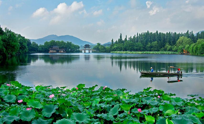 中国旅行证哪儿办方便